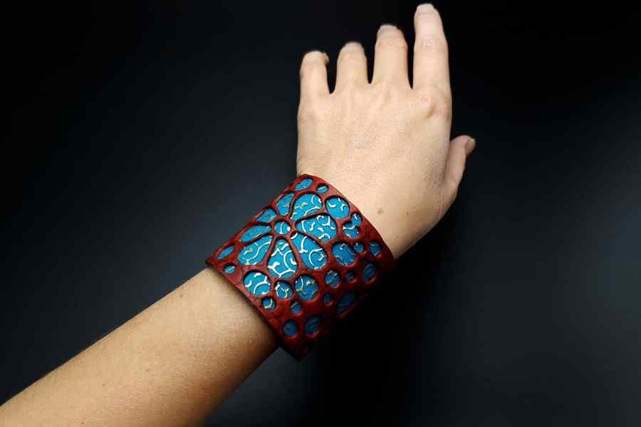 """Blue Flower"" Polymer clay Bracelet 11"