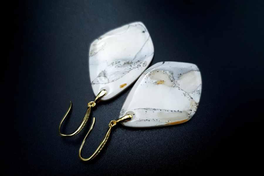 """""""Marble"""" Faux marble earrings 6"""