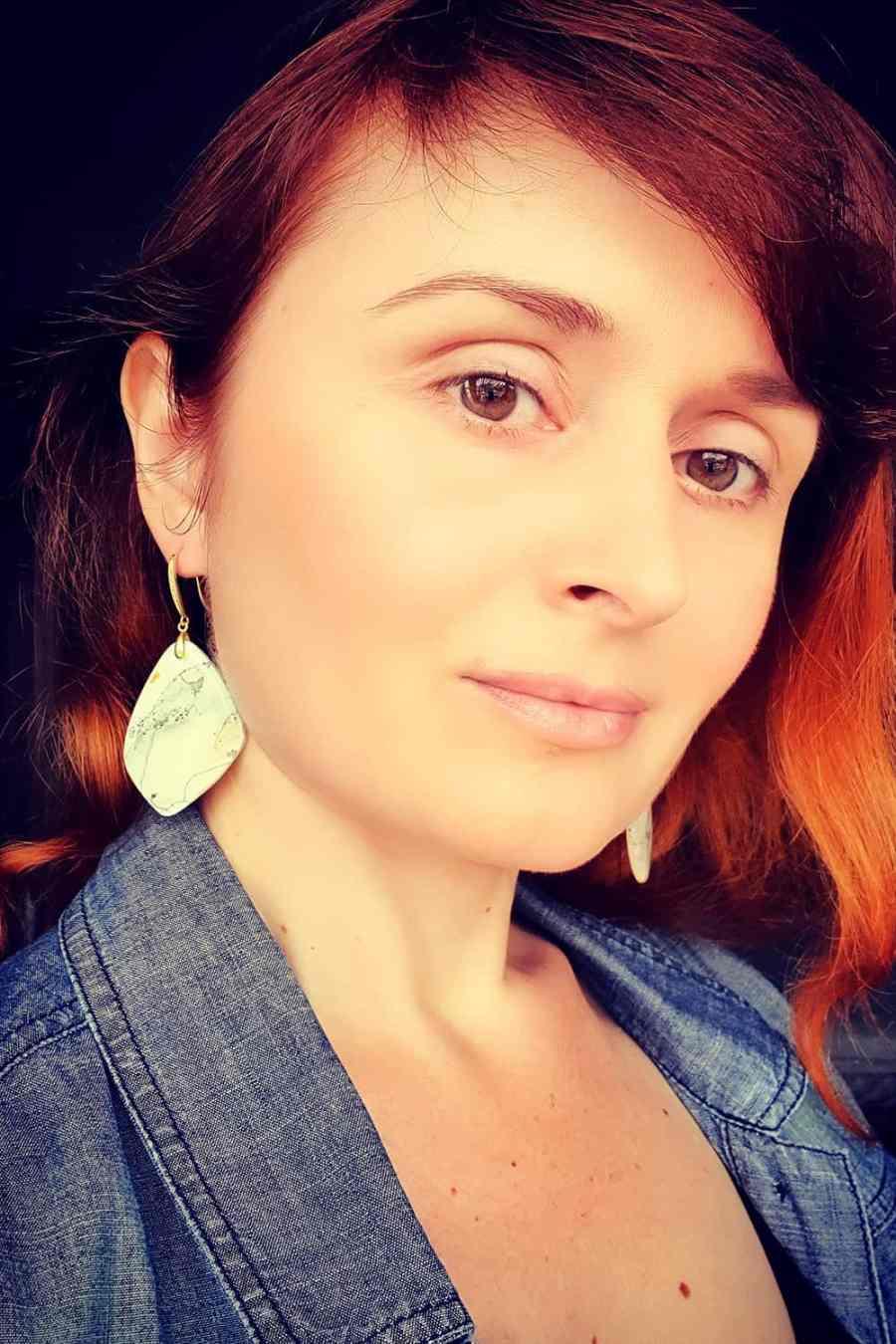 """""""Marble"""" Faux marble earrings 10"""