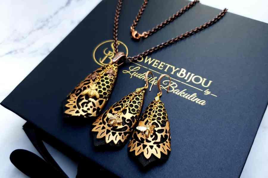 "Jewelry Set ""Golden Bees"" 3"