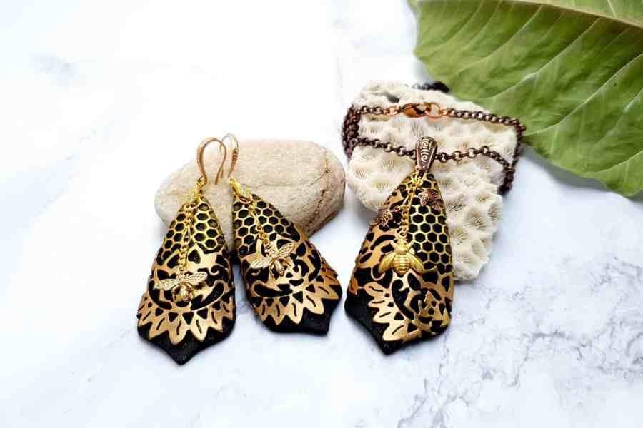 "Jewelry Set ""Golden Bees"" 8"