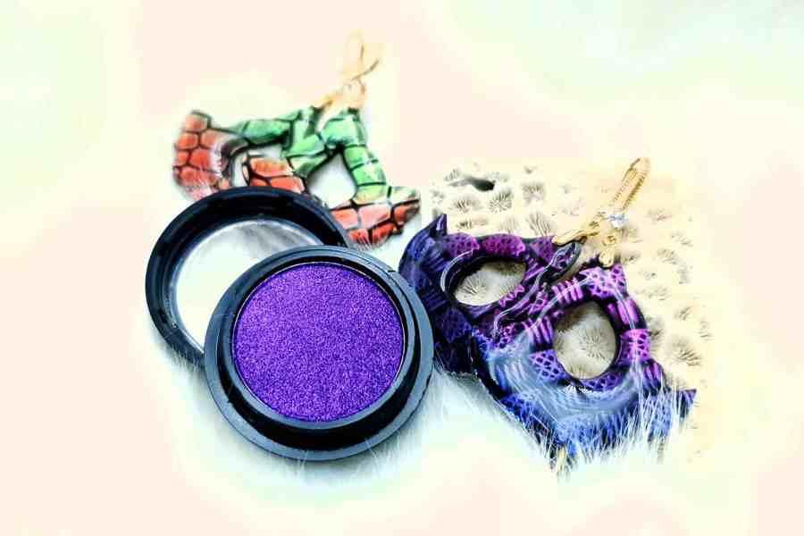 "Solid Powder ""Amazing Purple"""