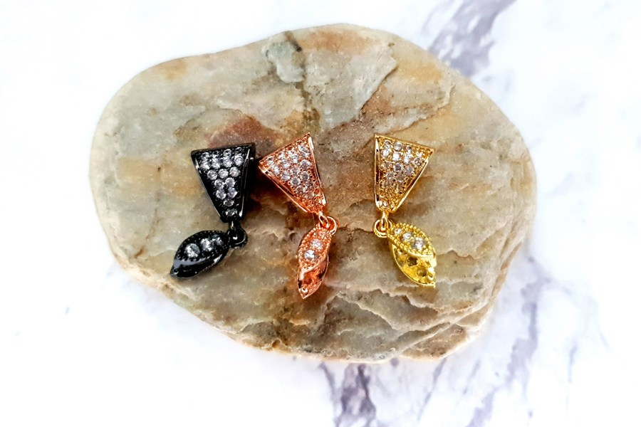 3 high quality crystals pendant pinch bail in 3 colors