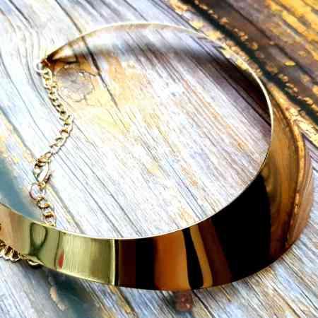 Golden Wide Necklace Base