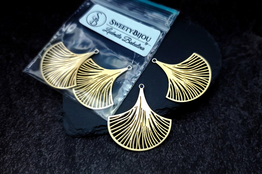 Pair of golden exotic leafs charms for earrings unusual shape 2