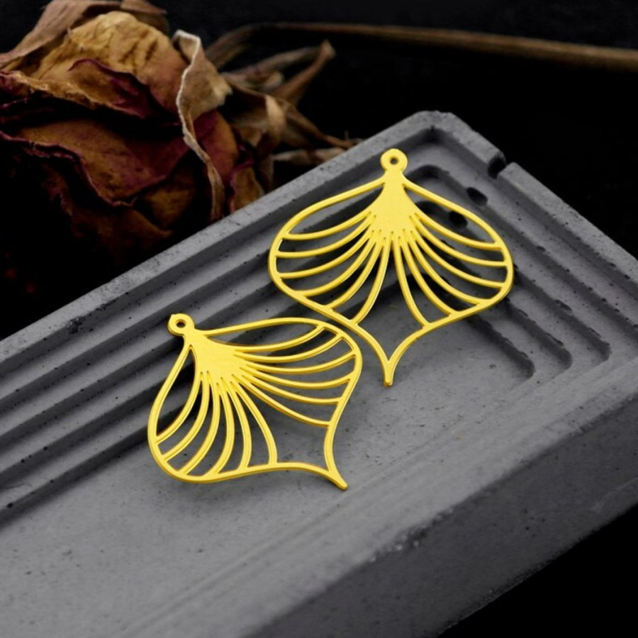 """4 Raw Brass Charms """"Golden Palm Leafs"""""""