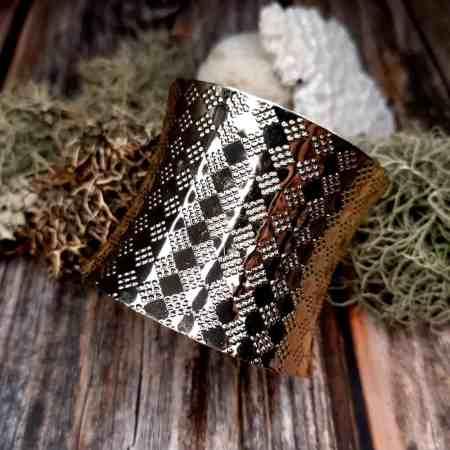 Golden Color Metal Bracelet Base (6x7cm)