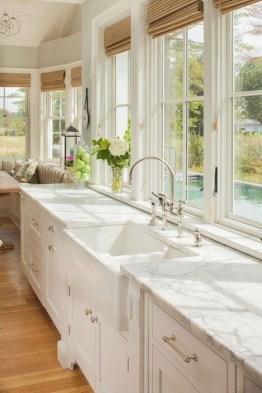 Amazing White Kitchen Design Ideas Which Will Make You Like Cooking 06