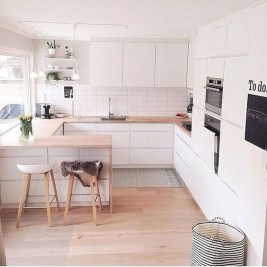 Amazing White Kitchen Design Ideas Which Will Make You Like Cooking 18