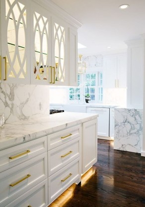 Amazing White Kitchen Design Ideas Which Will Make You Like Cooking 25