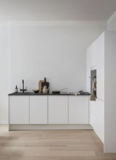 Amazing White Kitchen Design Ideas Which Will Make You Like Cooking 29