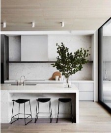 Amazing White Kitchen Design Ideas Which Will Make You Like Cooking 33