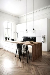 Amazing White Kitchen Design Ideas Which Will Make You Like Cooking 41