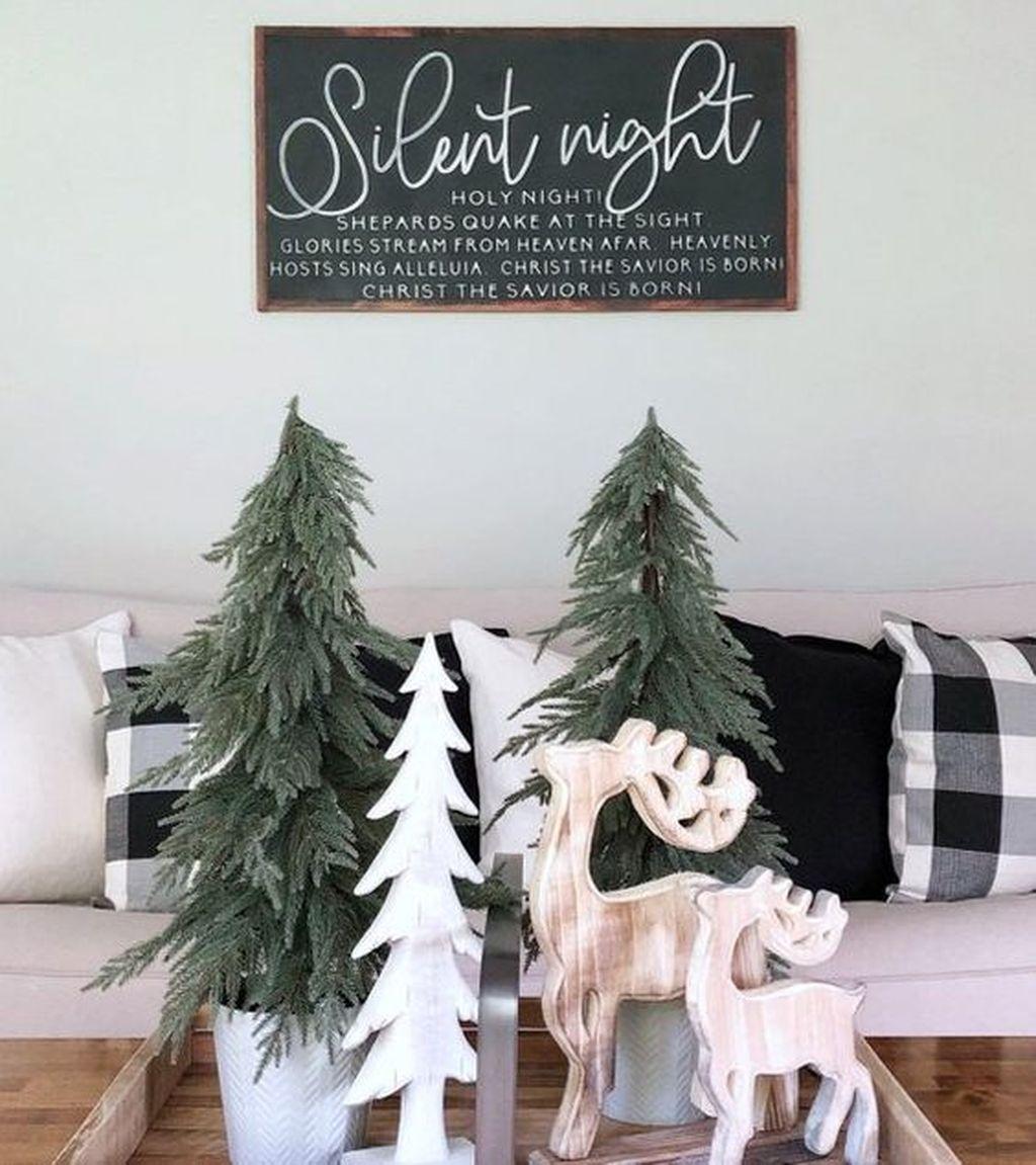 Amazing Winter Home Decoration Ideas 17