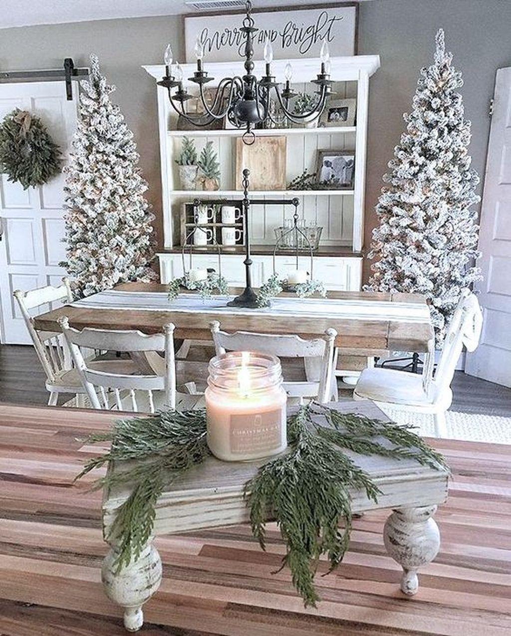 Amazing Winter Home Decoration Ideas 38