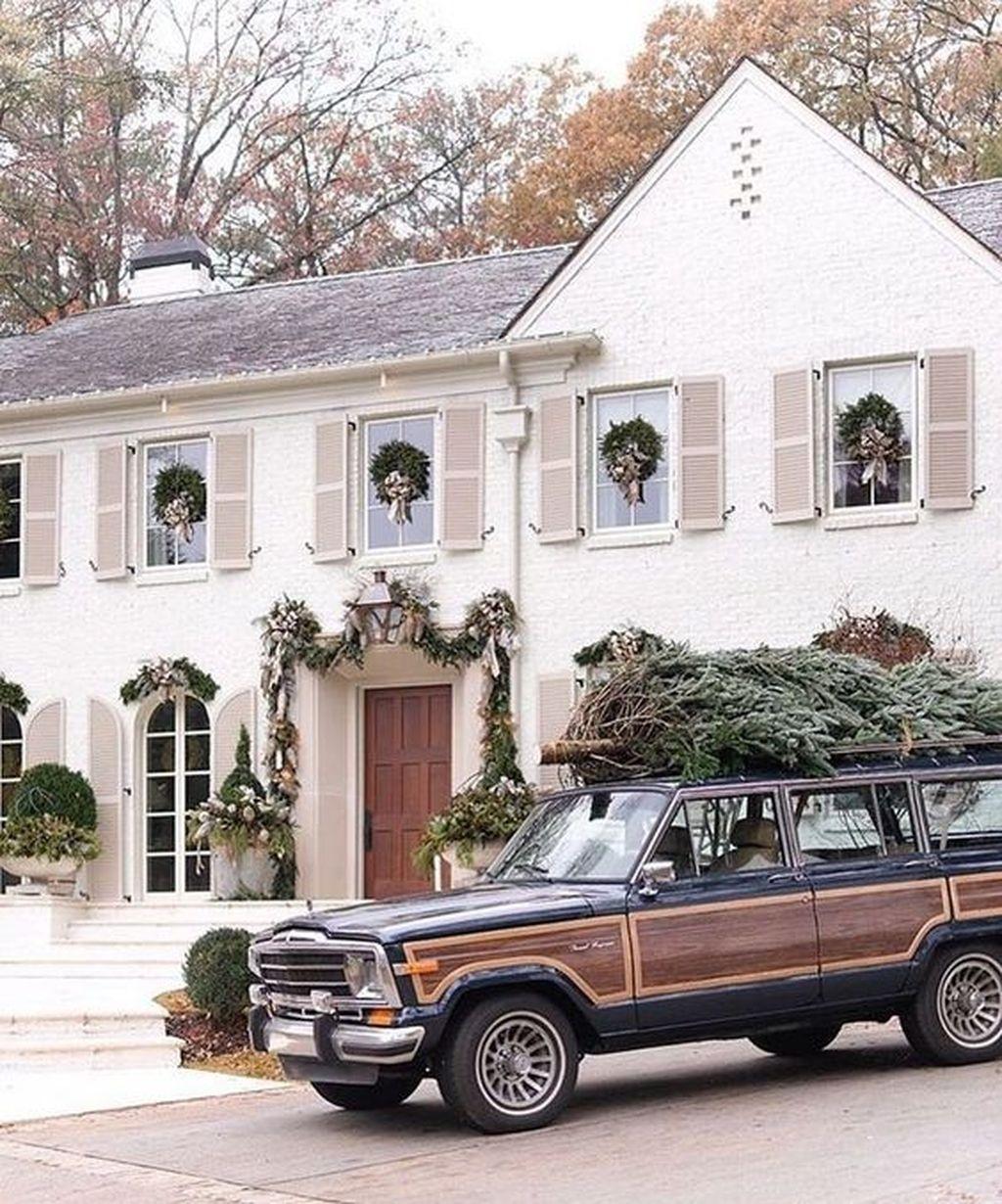 Amazing Winter Home Decoration Ideas 43