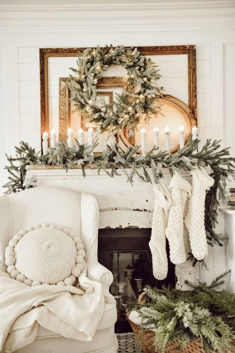 Amazing Winter Home Decoration Ideas 47