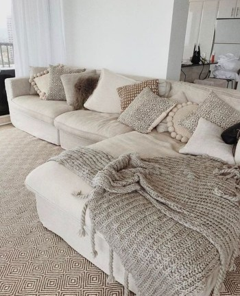 Awesome Winter Simple Living Room Decor Ideas You Must Try 20