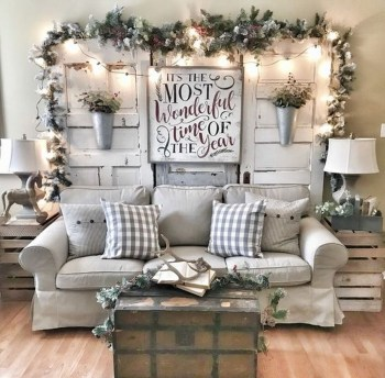 Awesome Winter Simple Living Room Decor Ideas You Must Try 28
