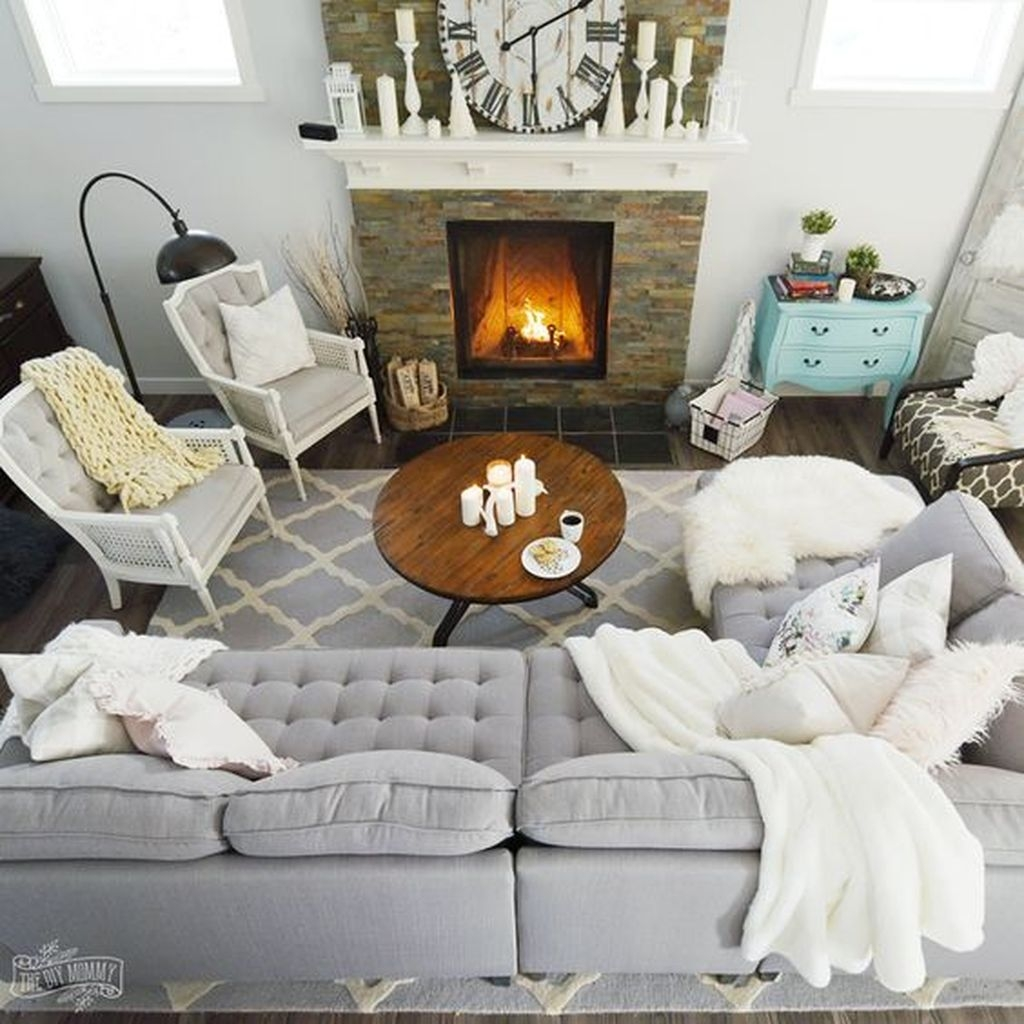 Awesome Winter Simple Living Room Decor Ideas You Must Try 33