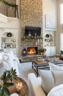 Awesome Winter Simple Living Room Decor Ideas You Must Try 43