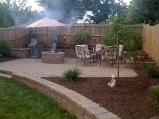 Beautiful Small Backyard Landscaping Ideas 04