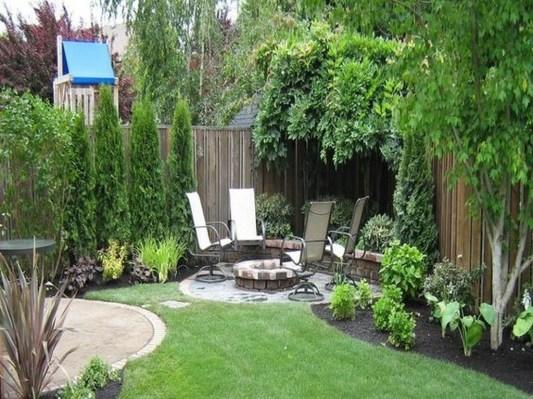 Beautiful Small Backyard Landscaping Ideas 50