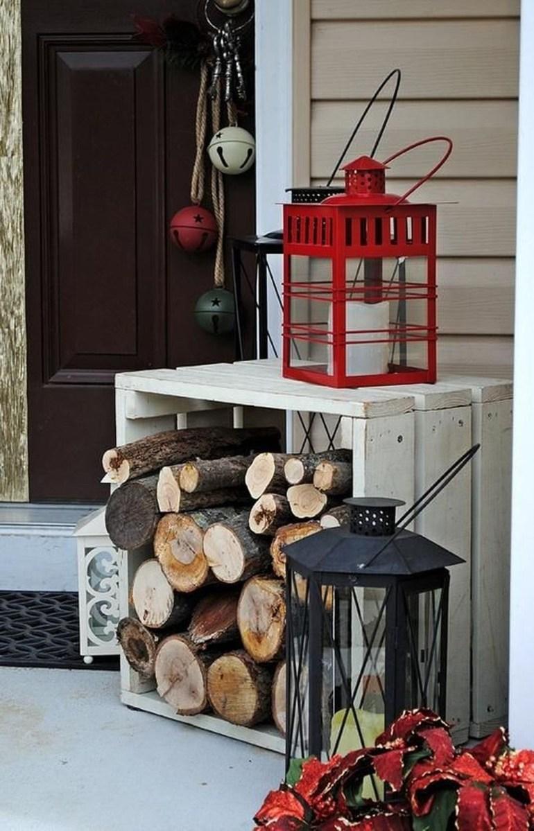 Gorgeous Winter Front Porch Design Ideas 03