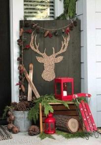 Gorgeous Winter Front Porch Design Ideas 29