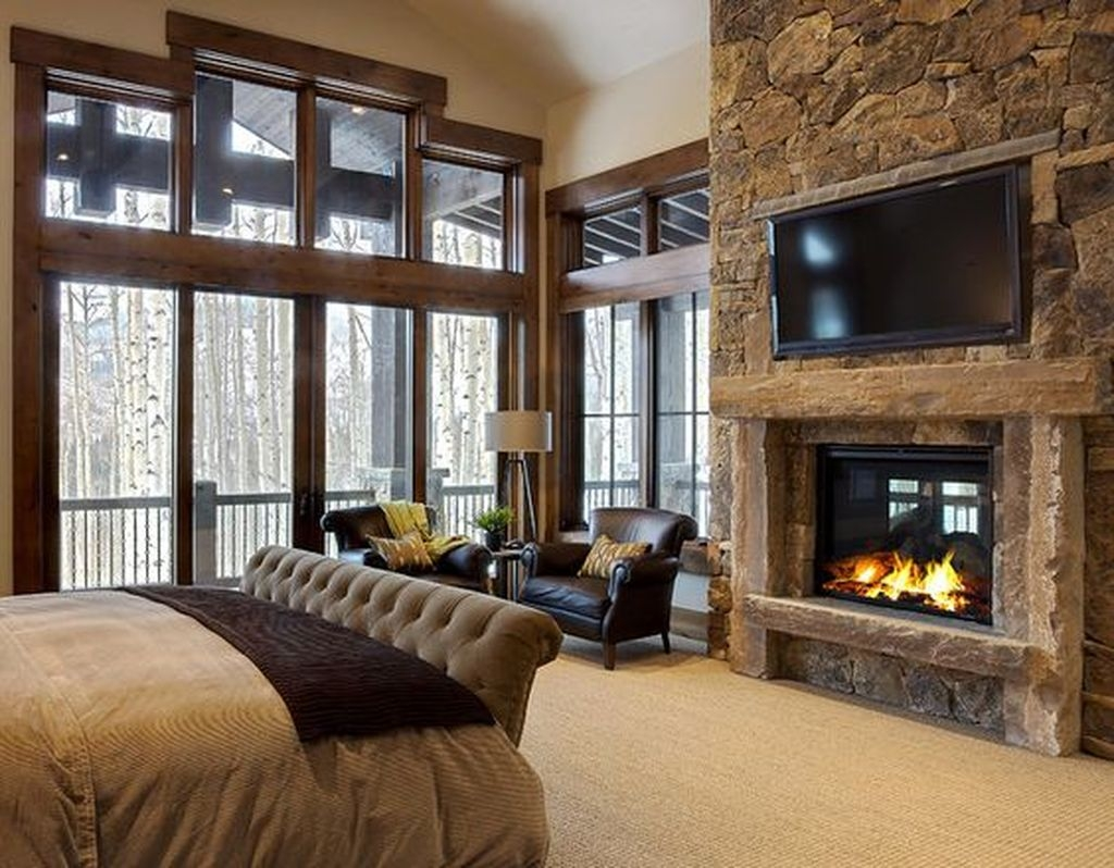 Lovely Winter Master Bedroom Decorations Ideas Best For You 02