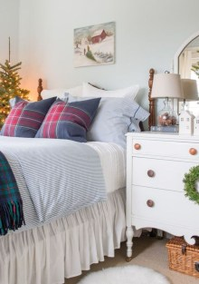 Lovely Winter Master Bedroom Decorations Ideas Best For You 05