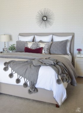 Lovely Winter Master Bedroom Decorations Ideas Best For You 12