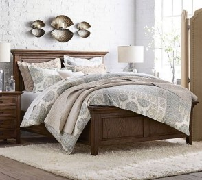 Lovely Winter Master Bedroom Decorations Ideas Best For You 14