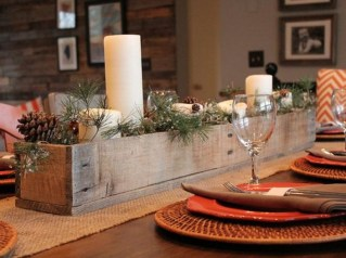 Popular Winter Dining Room Decorations On Your Table 18