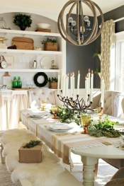 Popular Winter Dining Room Decorations On Your Table 37