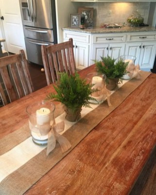 Popular Winter Dining Room Decorations On Your Table 50