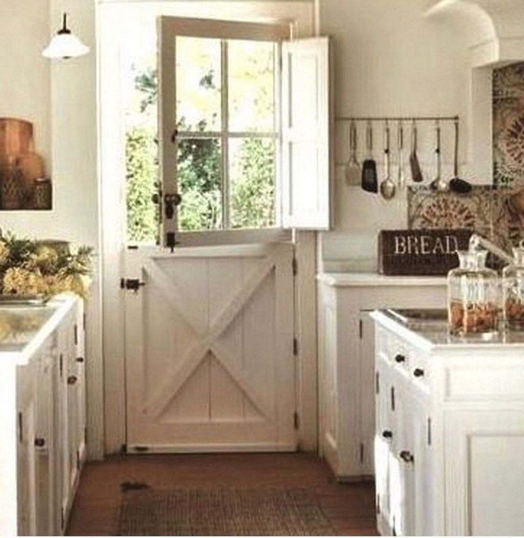 Amazing Remodeling Farmhouse Kitchen Decorations 02