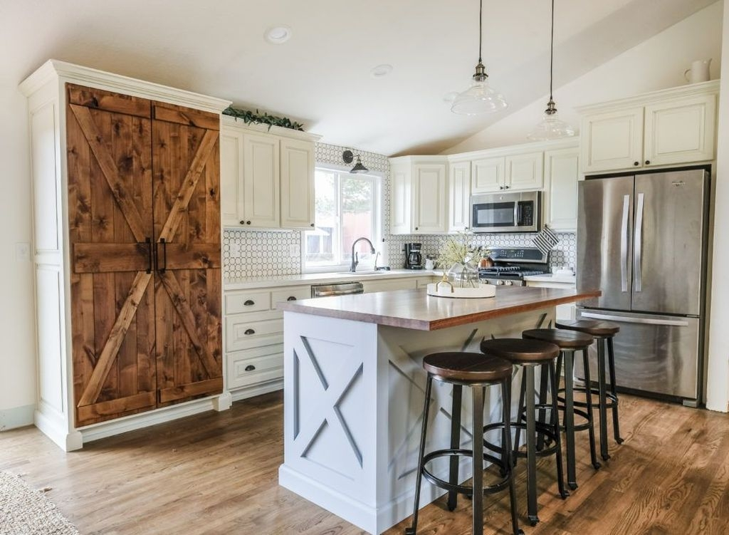 Amazing Remodeling Farmhouse Kitchen Decorations 14