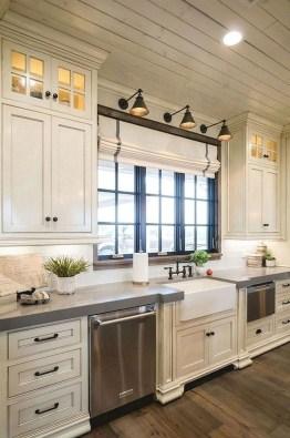 Amazing Remodeling Farmhouse Kitchen Decorations 28