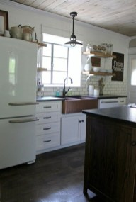 Amazing Remodeling Farmhouse Kitchen Decorations 35
