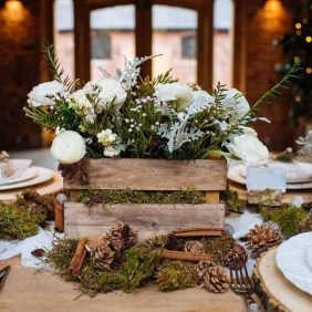 Applying Wooden Planks Correctly To Make Rustic Winter Home Decoration 30
