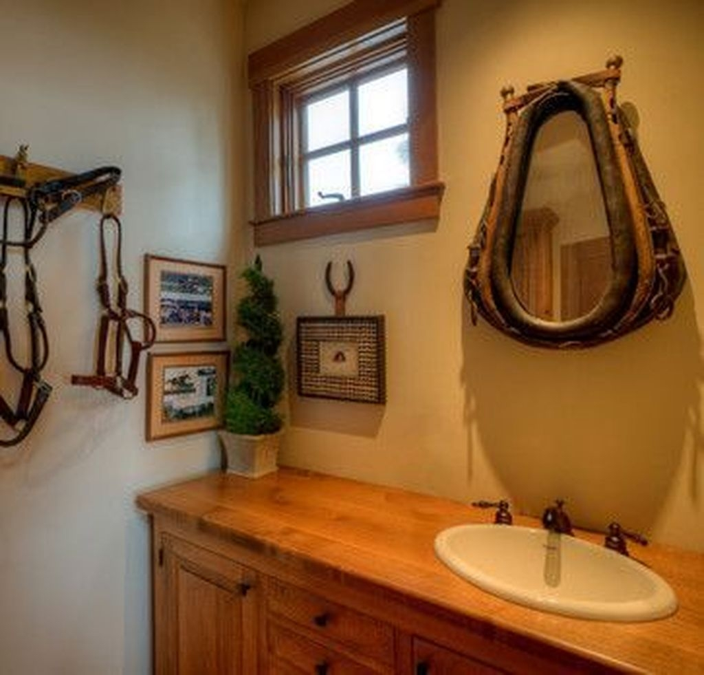 Awesome Winter Bathroom Decor You Need To Have 02
