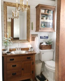 Awesome Winter Bathroom Decor You Need To Have 04