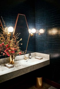 Awesome Winter Bathroom Decor You Need To Have 10