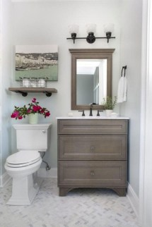 Awesome Winter Bathroom Decor You Need To Have 27