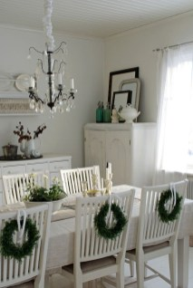 Beautiful Christmas Dining Room Decor Ideas Should You Apply This Winter 01