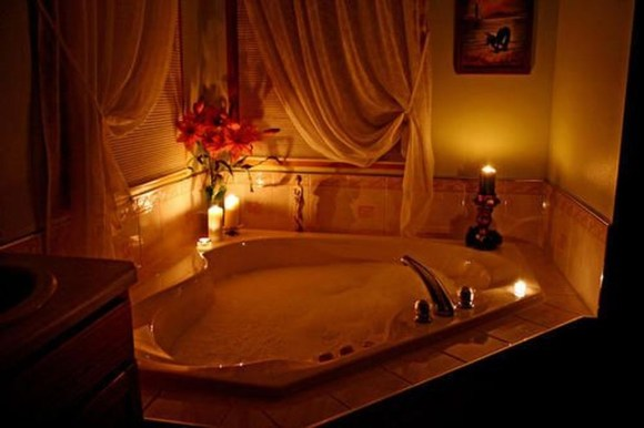 Beautiful Romantic Bathroom Decorations 07