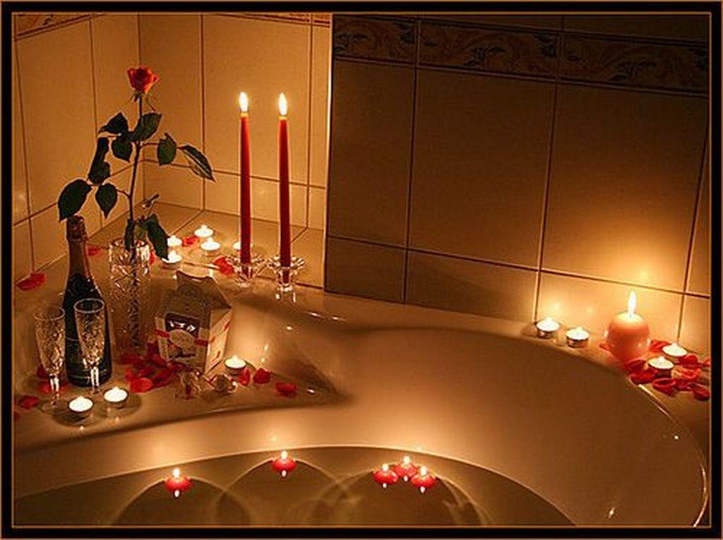 Beautiful Romantic Bathroom Decorations 14