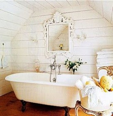 Beautiful Romantic Bathroom Decorations 23