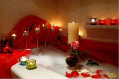 Beautiful Romantic Bathroom Decorations 33